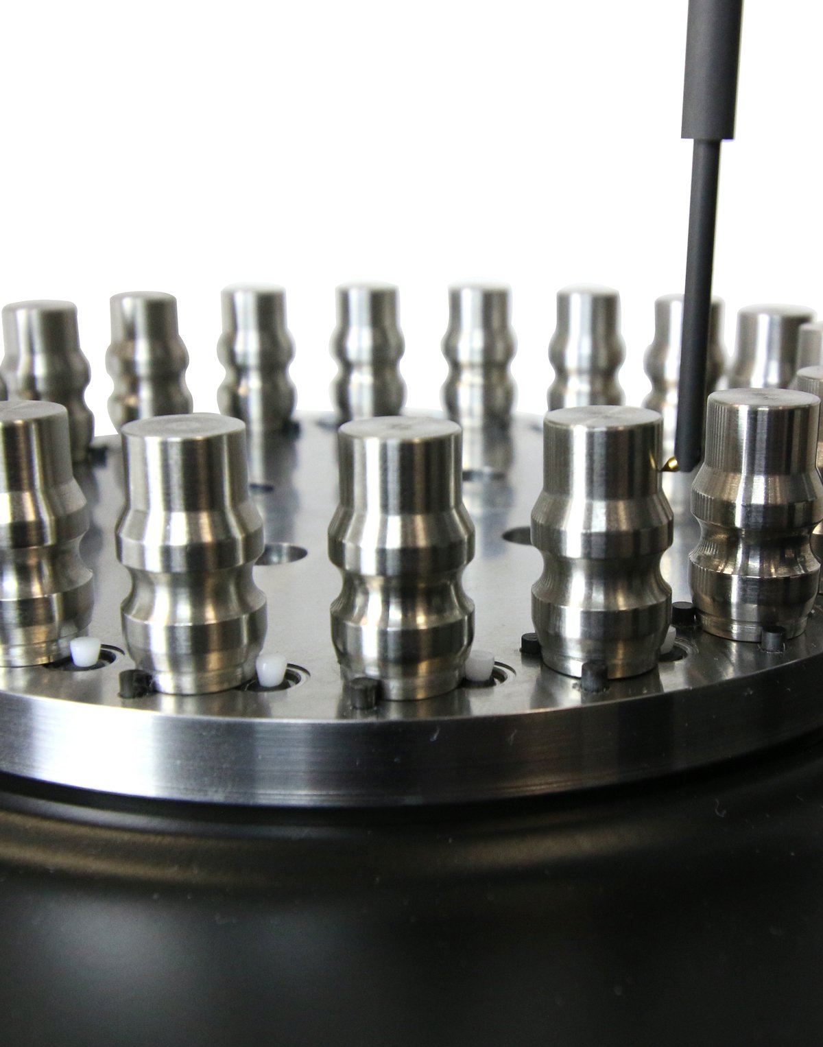Automated multi-part measurement for harmonic analysis, Surface finish & roundness